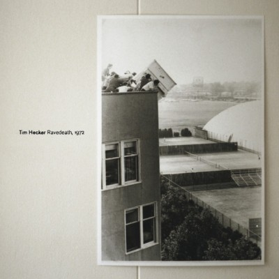 Tim Hecker - Ravedeath, 1972